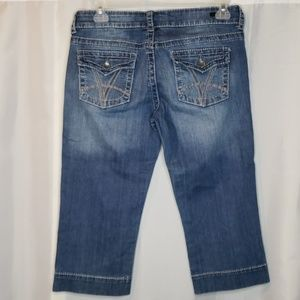Kut from the Kloth so low denim capris size 6